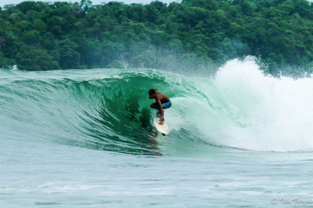 surfing_santa_catalina_panama70